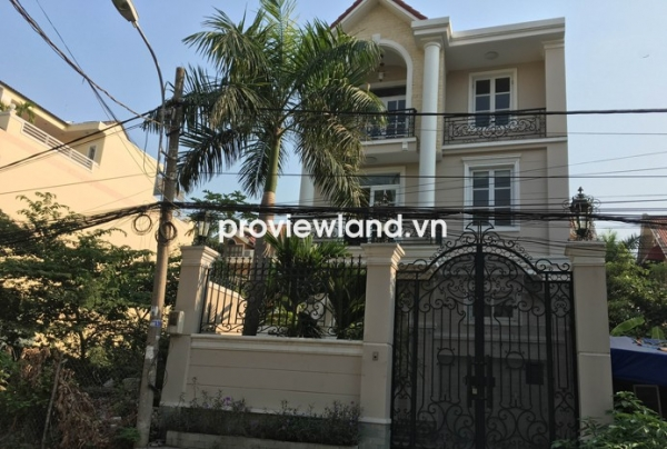 Selling house on Do Quang Street 7x17m 1 ground and 1 mezzanine