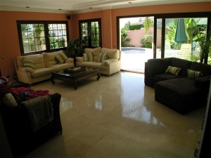 Nice Villa in Phu My Hung Area, District 7 for Lease, Fully Furnished