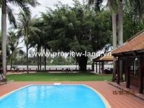 Cho thuê biệt thự bờ sông Sài Gòn 2600 m2