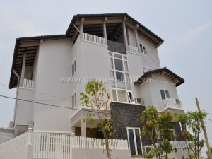 Luxury villa for rent in Thao Dien Ward, District 2 with an area of 240sqm