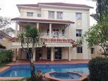 Biệt thự cho thuê villa mặt tiền sông khu Thảo Điền 4 PN view đẹp