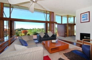 Villa for sale in Tan Binh District, near Tan San Nhat airport, 7.6x23m