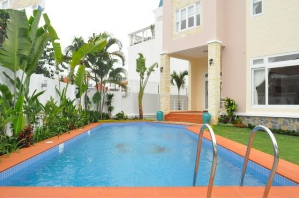 Rental villa with swimming pool and garden Thao Dien, District 2