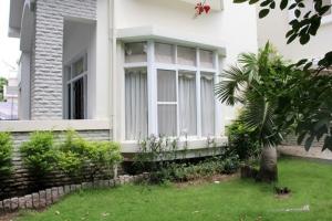 Cho thuê biệt thự Phú Mỹ Hưng quận 7 nội thất đẹp