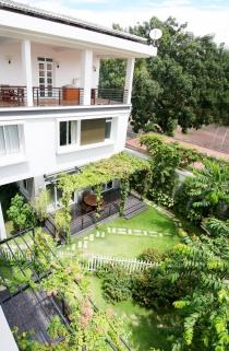 Bán nhà mặt tiền Nguyễn Trãi Quận 1 khúc Zen Plaza, 4x20m nở hậu 6m