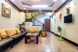 Cho thuê căn hộ dịch vụ cho thuê đường CMT8 P.Bến Nghé Quận 1 40m2 có bếp có cửa sổ