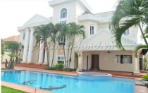 Villa for rent in Tran Nao street, compound area with 7 bedrooms, big pool