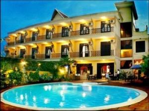 Bán khách sạn đường Lý Tự Trọng gần Thu Khoa Huân Q1