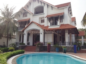 Villa for sale in Tran Ngoc Dien street, District 2 with 5 bedrooms