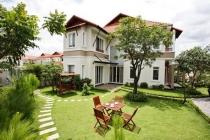 Phu Gia villa for sale in district 7, pink-book