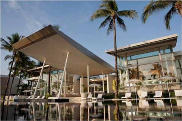 Mặt bằng cho thuê Quận 1 đối diện khách sạn New World, 130m2/sàn