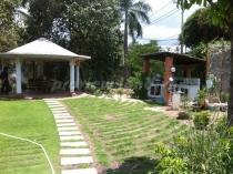 Cho thuê biệt thự 1800m2 đất thổ cư 100% hồ bơi sân vườn