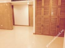Cho thuê căn hộ Penthouse Saigon Pavillon có ban công rộng