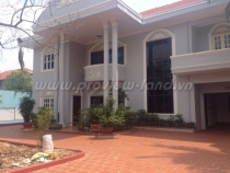 Villa for rent in Xuan Thuy Ho street with swimming pool, good price
