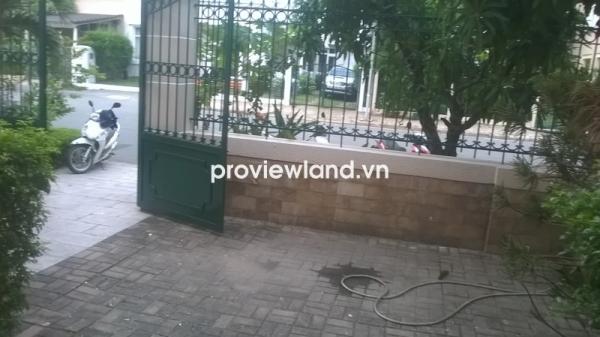 Cho thuê nhà phố DT 250m2 4PN quận 7 có sân vườn vị trí gần trường BCIS