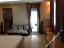 Cho thuê căn hộ International Plaza 1 phòng ngủ tầng cao