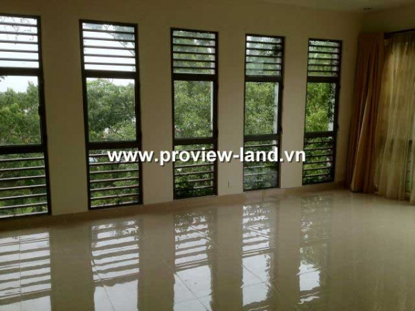 River view Riviera Villas compound for rent in District 2